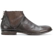 Stiefel mit gewebten Details