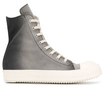 Sneakers mit Farbverlauf