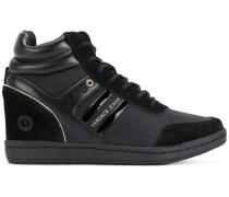 Wedge-Sneakers mit Kontrasteinsätzen