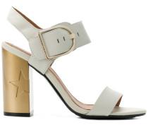 Sandalen mit Sternen