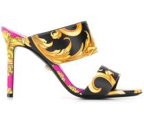 Sandalen mit barockem Print