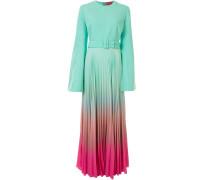 Kleid mit ausgestelltem Arm