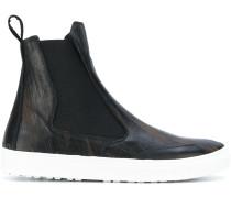 Stiefel mit Kontrastsohle