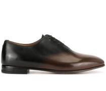 Oxford-Schuhe mit Ombré-Effekt