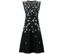 Gestricktes Kleid mit Schmetterlingen