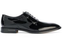 Oxford-Schuhe aus Lackleder