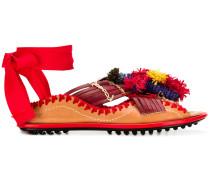 Sandalen mit Quasten
