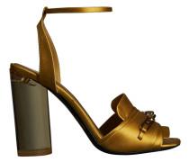Sandalen mit Spange