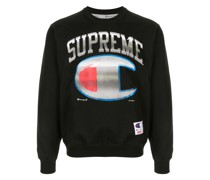 x Champion Sweatshirt