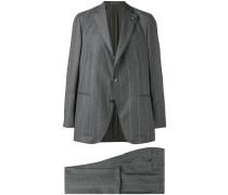 Schmaler Anzug mit Nadelstreifen