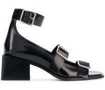 Sandalen mit Schnallenriemen