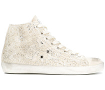 Bestickte High-Top-Sneakers