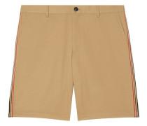 Chino-Shorts mit Streifen