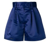 Ausgestellte Shorts