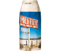 "Bleistiftrock mit ""Motel""-Print"