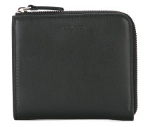 zip around small wallet