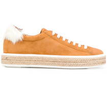 Sneakers im Espadrille-Look