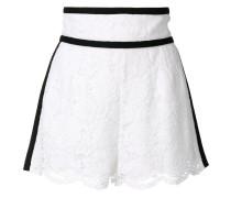 Shorts mit floraler Spitze