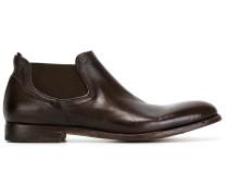 Stiefel mit Stretcheinsätzen