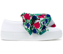 Slip-On-Sneakers mit floraler Schleife