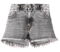 Jeans-Shorts mit ausgefranstem Saum