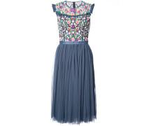 Florales Kleid mit ausgestellter Passform
