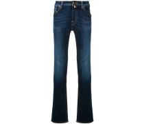 Schmale Jeans mit Ziernähten