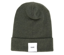 brand patch knitted beanie