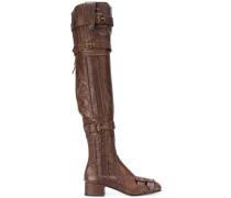Stiefel mit schmalem Schaft