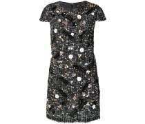 Texturiertes Kleid mit Verzierung