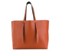 Handtasche mit langen Riemen