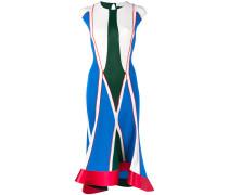 Geripptes Kleid mit geometrischem Print