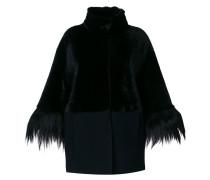 Kurzer Mantel mit Stehkragen