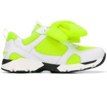 Sneakers mit Schleifen
