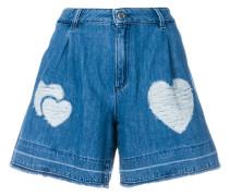 Jeansshorts mit Herz-Stickerei