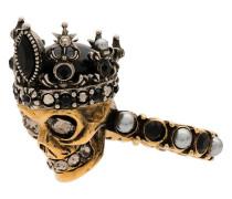 Verzierter Ring mit Totenkopf