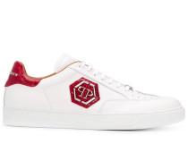 Sneakers mit Logo