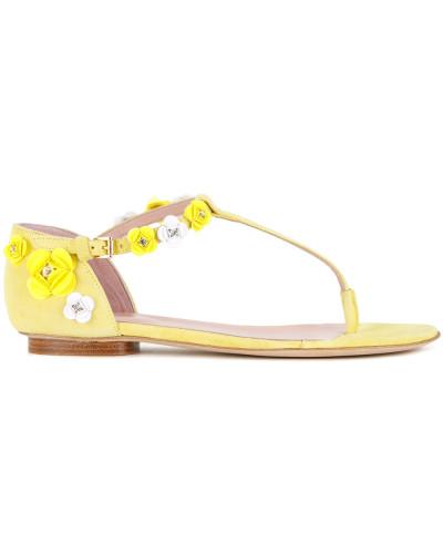 Sandalen mit Blumenapplikationen