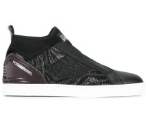 Klassische Slip-On-Sneakers