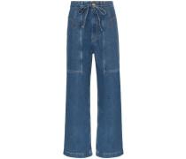 Weite Jeans mit Gürtel