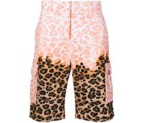 Cargo-Shorts mit Leo-Print
