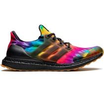 'Ultraboost' Sneakers in Batikoptik