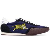 'Tiger Running' Sneakers