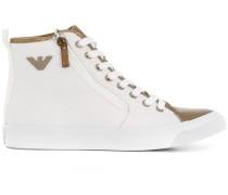 High-Top-Sneakers mit Metallic-Einsatz