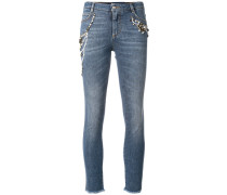 Cropped-Jeans mit Stickerei
