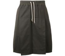 Shorts mit Schürze