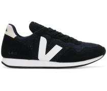 Sneakers mit Kontrast-Logo