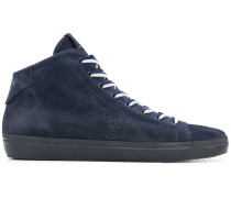 Perforierte High-Top-Sneakers aus Wildleder