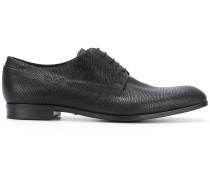 Schuhe zum Schnüren