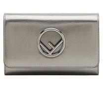 Metallic-Portemonnaie mit Kettenriemen